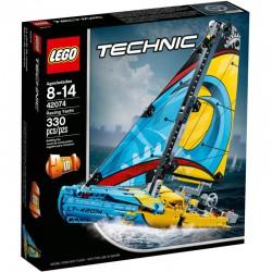 LEGO TECHNIC JACHT WYŚCIGOWY
